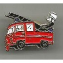 Pin's Camion Sapeurs Pompiers (2)